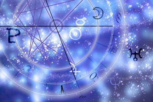 【占星術】12干支占いで分かる。あなたが20代を後悔する理由と運勢とは?